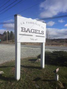 13087926_bagel sign